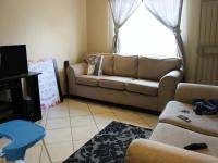 Lounges - 15 square meters of property in Centurion Central (Verwoerdburg Stad)