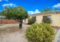 3 Bedroom 1 Bathroom House for Sale for sale in Table View