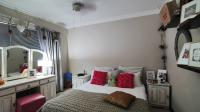 Bed Room 2 - 13 square meters of property in Rustenburg