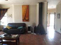 Lounges - 21 square meters of property in Sunward park