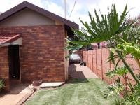 Spaces - 40 square meters of property in Sunward park
