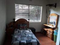Bed Room 2 - 4 square meters of property in Sunward park