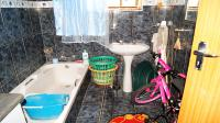 Main Bathroom - 8 square meters of property in Stanger