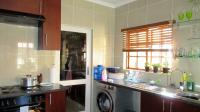 Kitchen - 11 square meters of property in Blue Hills