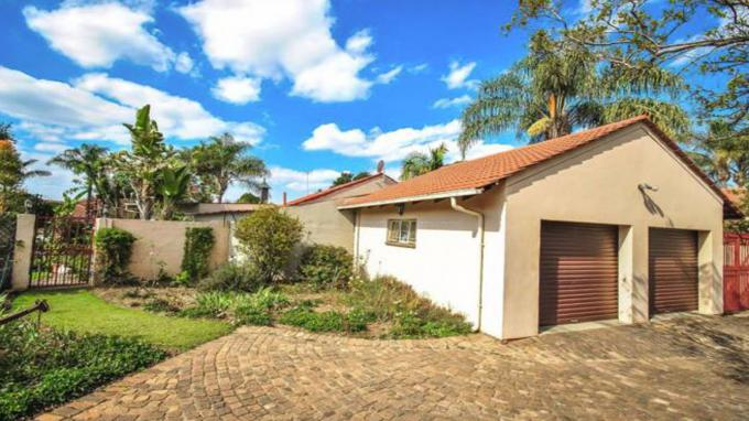 3 Bedroom Simplex for Sale For Sale in Garsfontein - Home Sell - MR210197