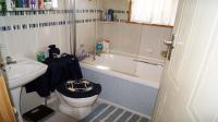 Main Bathroom - 4 square meters of property in Hibberdene