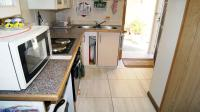 Kitchen - 16 square meters of property in Hibberdene
