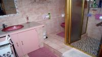 Bathroom 1 - 7 square meters of property in Shallcross