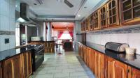 Kitchen - 26 square meters of property in Safarituine