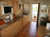 Kitchen - 13 square meters of property in Faerie Glen