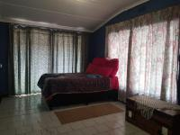 Bed Room 1 - 11 square meters of property in Verulam