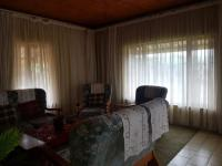 Lounges - 27 square meters of property in Verulam