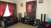Lounges - 13 square meters of property in Randburg
