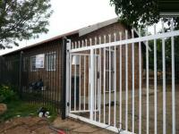 1 Bedroom 1 Bathroom Duet for Sale for sale in Elandspoort