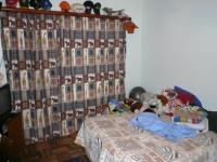 Bed Room 1 - 16 square meters of property in Sinoville