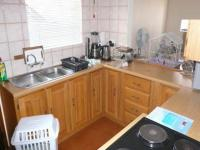 Kitchen - 9 square meters of property in Clubview