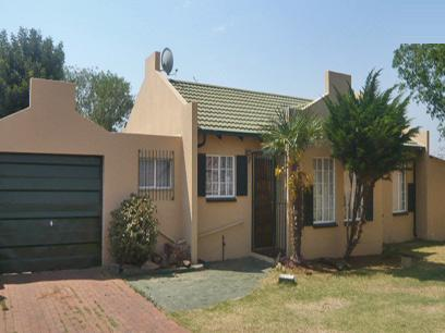 2 Bedroom House for Sale For Sale in Alberton - Private Sale - MR21282