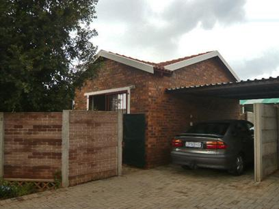 2 Bedroom Simplex for Sale For Sale in Wilgeheuwel  - Home Sell - MR21326