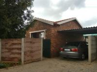 2 Bedroom 1 Bathroom in Wilgeheuwel