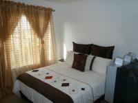 Bed Room 1 - 13 square meters of property in Celtisdal
