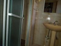 Bathroom 3+ of property in Manzilpark