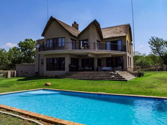 4 Bedroom House for Sale For Sale in Leeuwfontein Estates - MR214858