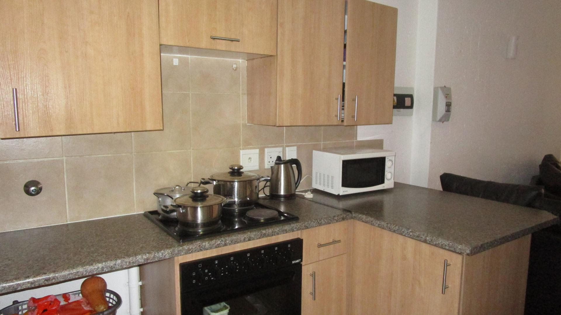 Kitchen - 10 square meters of property in Comet