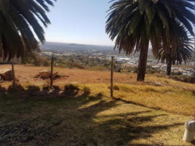 Land for Sale For Sale in Northcliff - MR217530