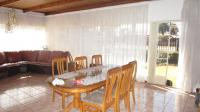Dining Room of property in Strubenvale