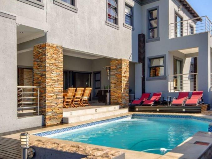 5 Bedroom House for Sale For Sale in Blue Valley Golf Estate - MR219293