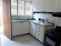 Kitchen - 10 square meters of property in Grosvenor