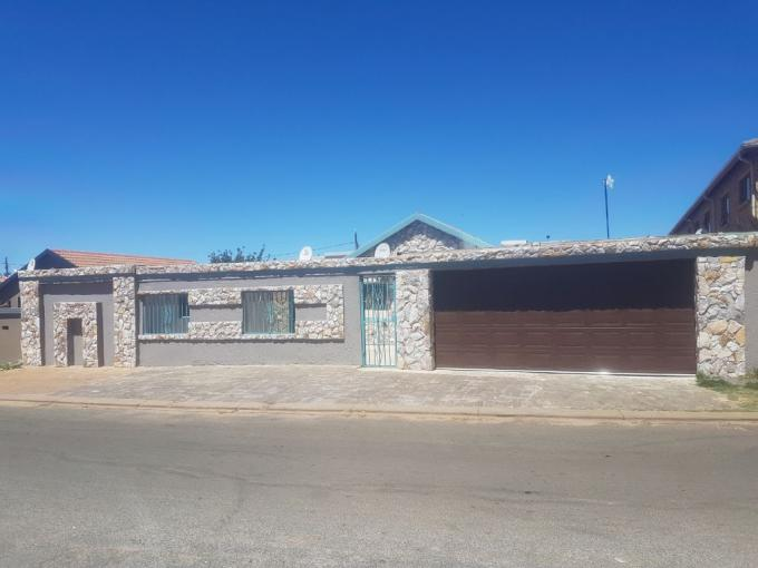 3 Bedroom House for Sale For Sale in Lenasia - MR220595
