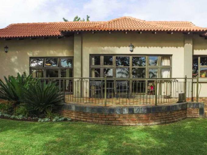 3 Bedroom House for Sale For Sale in Pebble Rock - MR220726