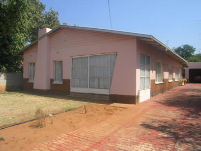 4 Bedroom House For Sale in Pretoria Central - Home Sell - MR22155
