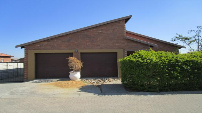 Standard Bank EasySell 3 Bedroom House for Sale in Waterval East - MR221774