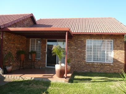 2 Bedroom Simplex for Sale For Sale in Equestria - Home Sell - MR22227