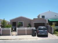 3 Bedroom 2 Bathroom in Milnerton