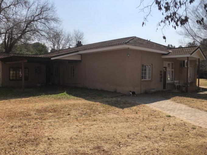Standard Bank EasySell 4 Bedroom House for Sale For Sale in Bloemfontein - MR223426