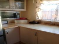 Kitchen - 9 square meters of property in Mohlakeng