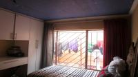 Bed Room 2 - 10 square meters of property in Mohlakeng