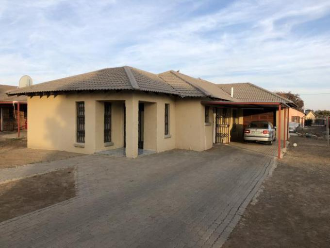 Standard Bank EasySell 4 Bedroom House for Sale For Sale in Lourierpark - MR224130