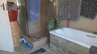 Bathroom 1 - 9 square meters of property in Meyerton