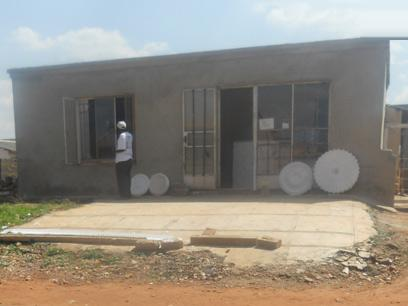 Standard Bank Repossessed 4 Bedroom House on online auction in Roodekop - MR22454