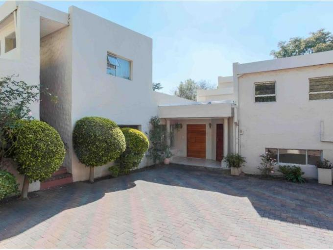 6 Bedroom House for Sale For Sale in Hyde Park - MR224560