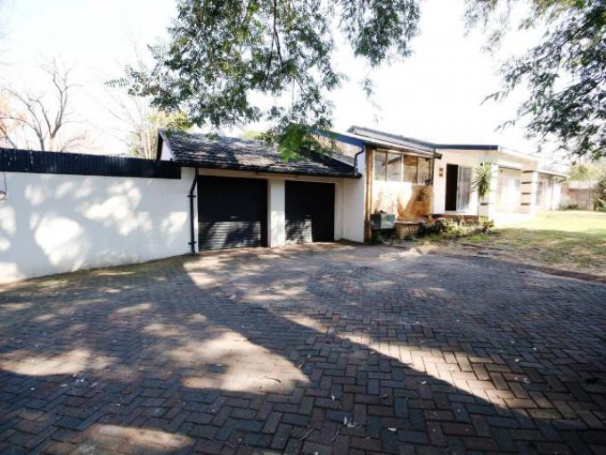 Standard Bank EasySell 3 Bedroom House for Sale For Sale in Newcastle - MR224603
