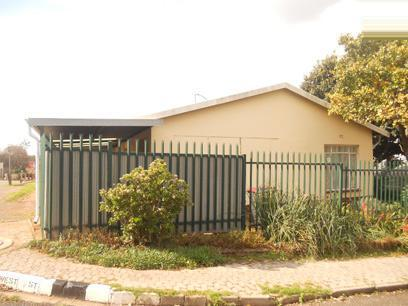 Standard Bank Repossessed 3 Bedroom House for Sale For Sale in Greymont - MR22465