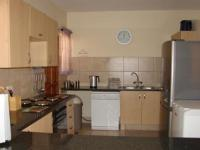 Kitchen - 20 square meters of property in Theresapark