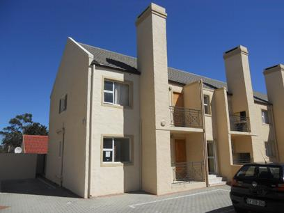 Standard Bank Repossessed 2 Bedroom Apartment on online auction in Gordons Bay - MR22514