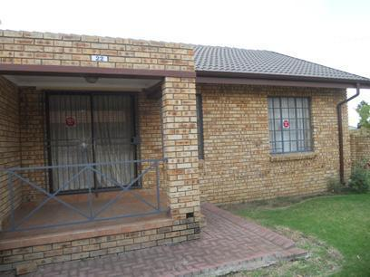 Standard Bank Repossessed 2 Bedroom Apartment for Sale For Sale in Meyerton - MR22519
