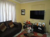 Lounges - 11 square meters of property in Naturena